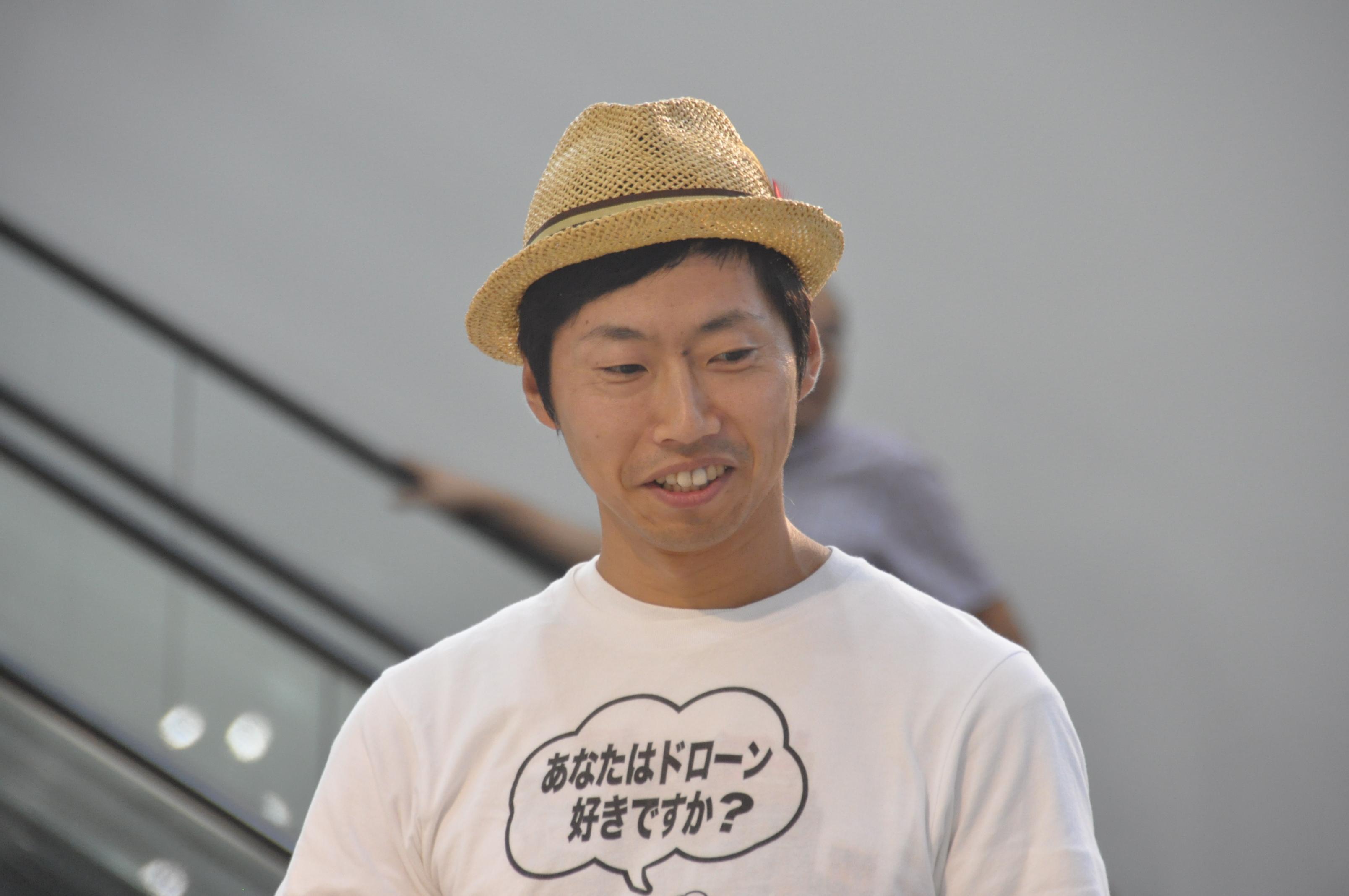 谷+1。 氏(株式会社ワタナベエンターテイメント)