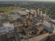 出典:http://videohive.net/item/abandoned-mining-factory-aerial-drone/9694335