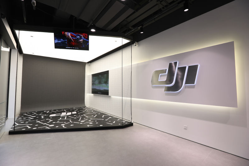dji-opens-its-second-flagship-store-in-shanghai-3