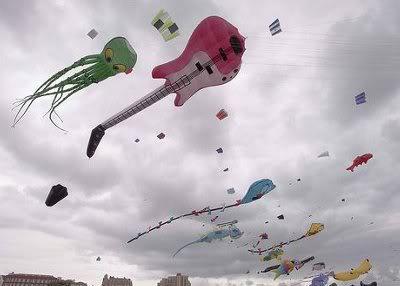 出典:http://guitaristindia.com/tag/guitar-lovers-in-delhi-india/