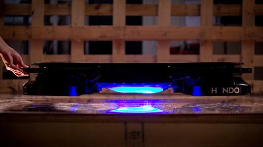 出典:http://www.gizmag.com/hendo-hoverboard-prototype/34352/